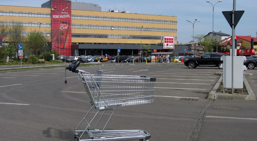 POHiD apeluje o zniesienie zakazu handlu w niedziele i nowy limit osób w sklepie