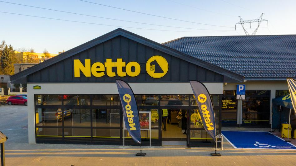 Do ponad 5,5 tys. pracowników sieci handlowej Netto trafiły maseczki ochronne. (Fot. mat. pras.)