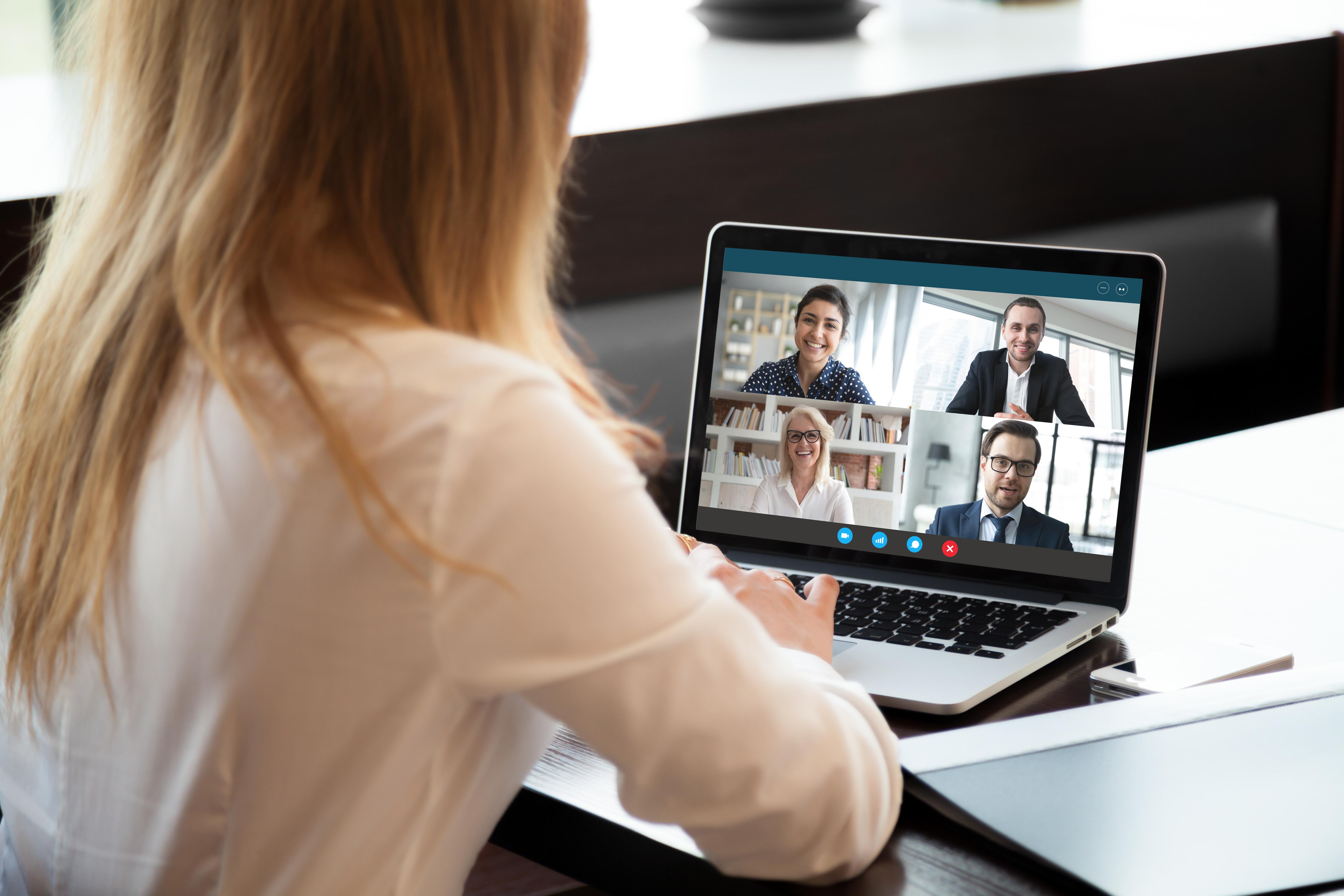 58 proc. respondentów odpowiedziało, że wszystkie prowadzone przez nich rekrutacje są zdalne. ( Fot. Shutterstock)