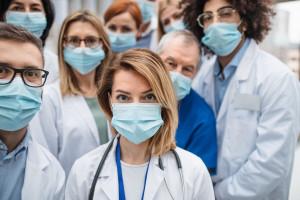 Aviva wprowadza bezpłatne ubezpieczenie na życie pracowników ochrony zdrowia