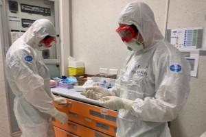 Błaszczak: w walce z koronawirusem bierze udział 8 tys. medyków ze szpitali i jednostek wojskowych