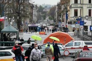 Polacy chcą wrócić do pracy w Czechach i w Niemczech. Na razie nie mogą