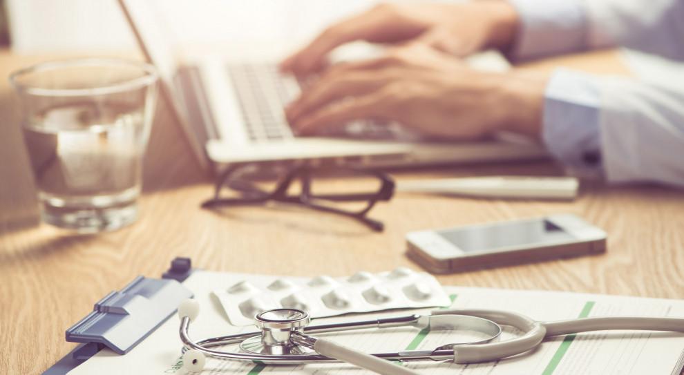 OZZL chce odszkodowań dla pracowników służby zdrowia w związku z COVID-19