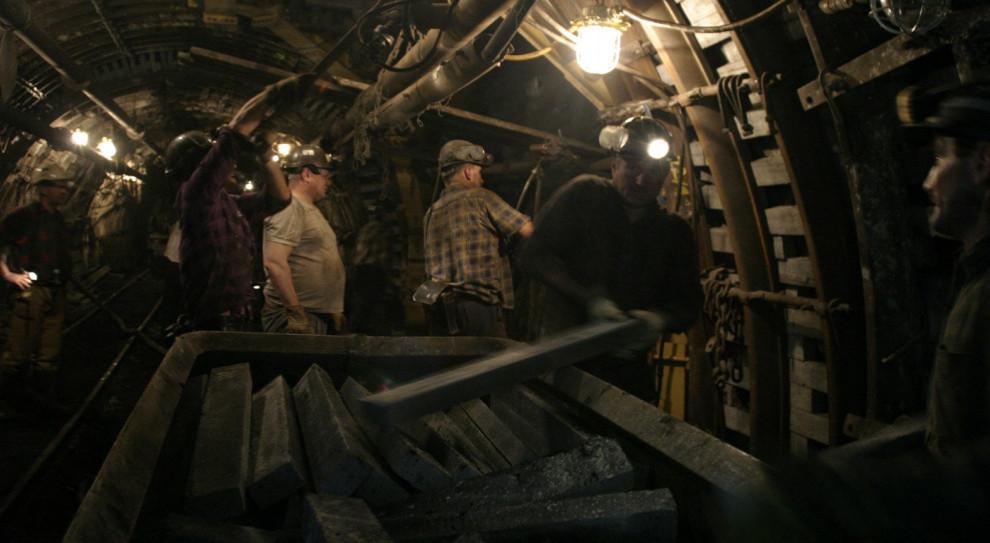Kolejne przypadki koronawirusa wśród górników z kopalń Polskiej Grupy Górniczej
