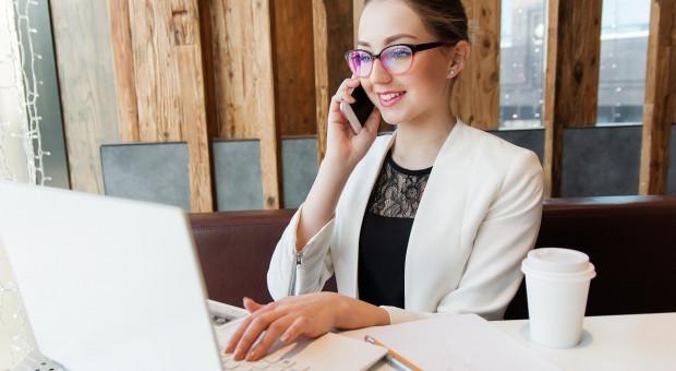 KPMG: różne sposoby rozliczania przychodów dla twórców internetowych