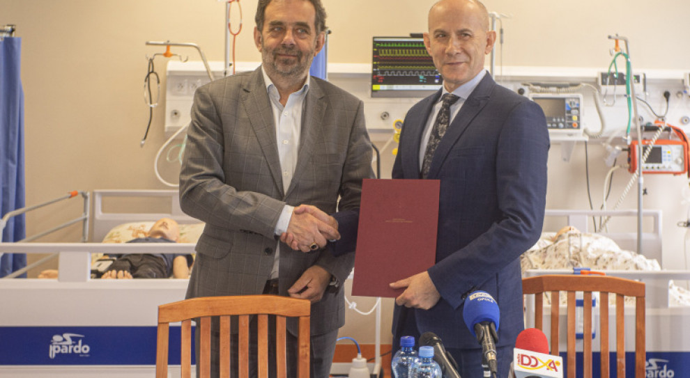 Opole: Rektorzy UO i PMWSZ podpisali porozumienie o połączeniu uczelni