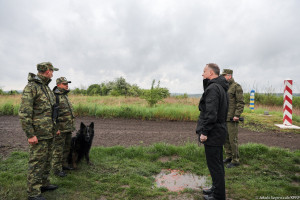 """Prezydent Duda podziękował Straży Granicznej za """"świetną pracę"""""""