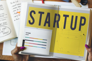Start-upy rozpychają sią w nowej rzeczywistości