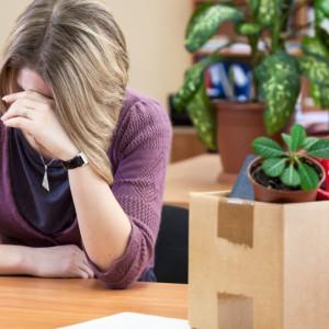 Pracownicy powoli odzyskują pewność siebie. Strach przed zwolnieniem maleje