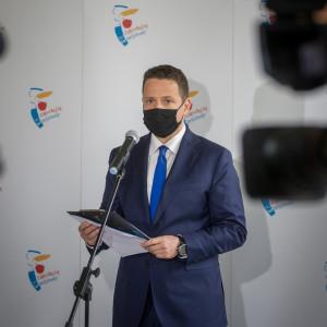 Prezydent Warszawy i jego żona upublicznią swoje zarobki
