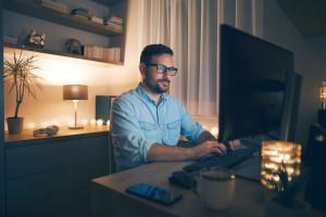 Jeśli pracujesz z domu, godziny pracy nie istnieją