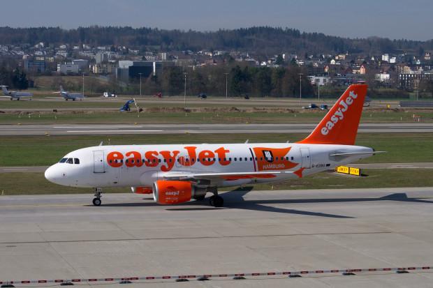 Linie lotnicze zwolnią 30 proc. pracowników