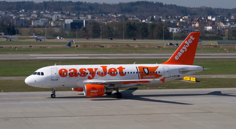Zwolnienia w liniach lotniczych. Easyjet zwolni około 4,5 tys. pracowników