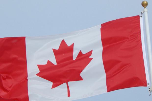 Pielęgniarki i sanitariusze w Quebecu żądają urlopu przed drugą falą koronawirusa