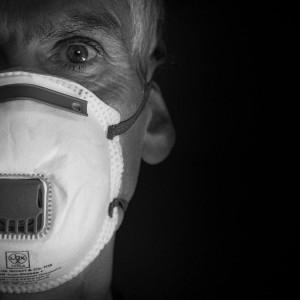 W Hiszpanii na Covid-19 zmarło 63 pracowników służby zdrowia