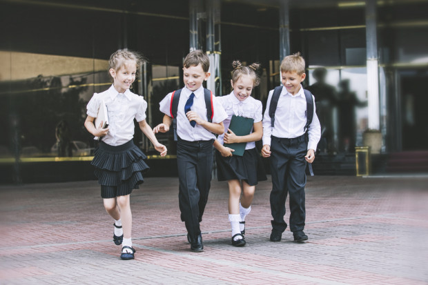 Zmiany w pragmatyce zawodowej nauczycieli. Minister każe czekać, związkowcy żądają rozmów