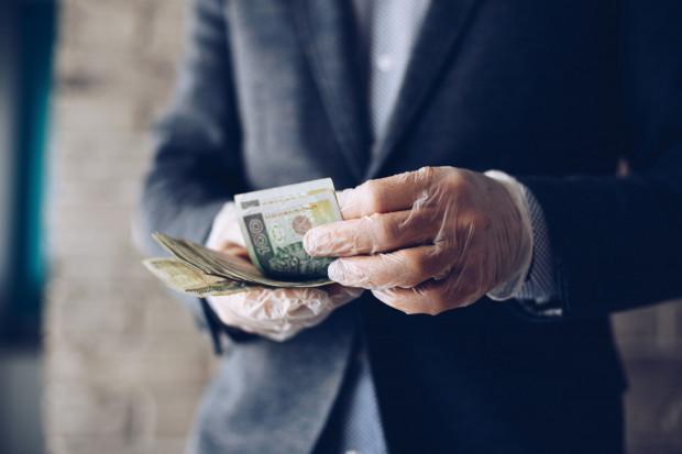 100 mln zł dla firm na inwestycje związane ze zwalczaniem pandemii