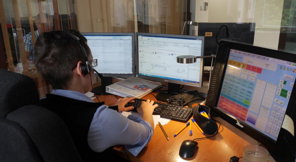 Operatorzy numerów alarmowych zyskają możliwości rozwoju i awansu zawodowego