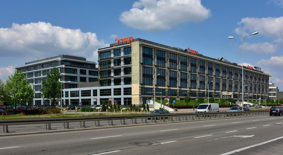 Pracownicy Orange otrzymają nagrody jubileuszowe w przyszłym roku. Jest porozumienie z zarządem