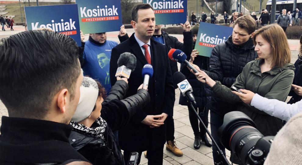 Kosiniak-Kamysz proponuje tysiąc zł stypendium prezydenckiego i zwolnienie z ZUS na kolejne 3 miesiące