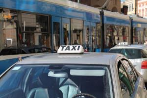 Przychody taksówkarzy spadły dramatycznie