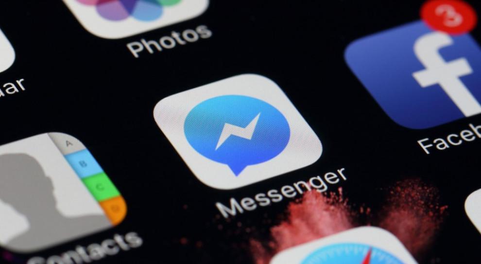 Facebook ułatwi przedsiębiorcom kontaktowanie się z klientami przez Messengera