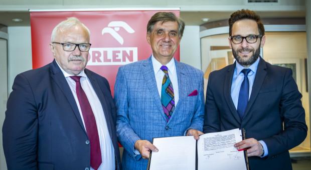 Orlen kontynuuje współpracę z Politechniką Warszawską