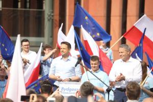 Trzaskowski deklaruje weto dla podniesienia wieku emerytalnego