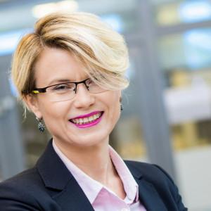 Katarzyna Kosel, członek zarządu i dyrektor pionu personalnego w Makro
