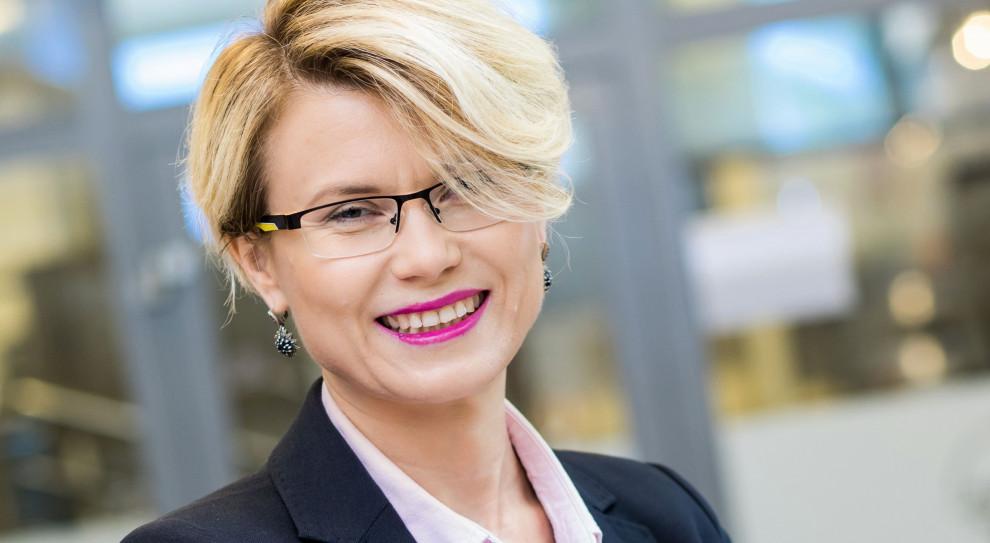 Katarzyna Kosel, Makro: Dużo łatwiej było wyjść z biura, niż do niego wrócić