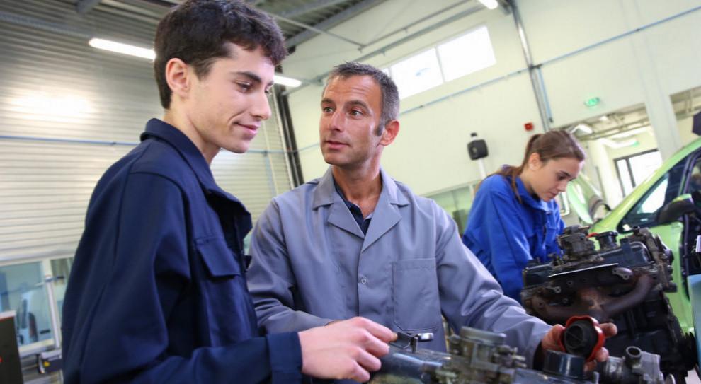 Weszły w życie przepisy dot. zajęć praktycznych dla uczniów-pracowników młodocianych
