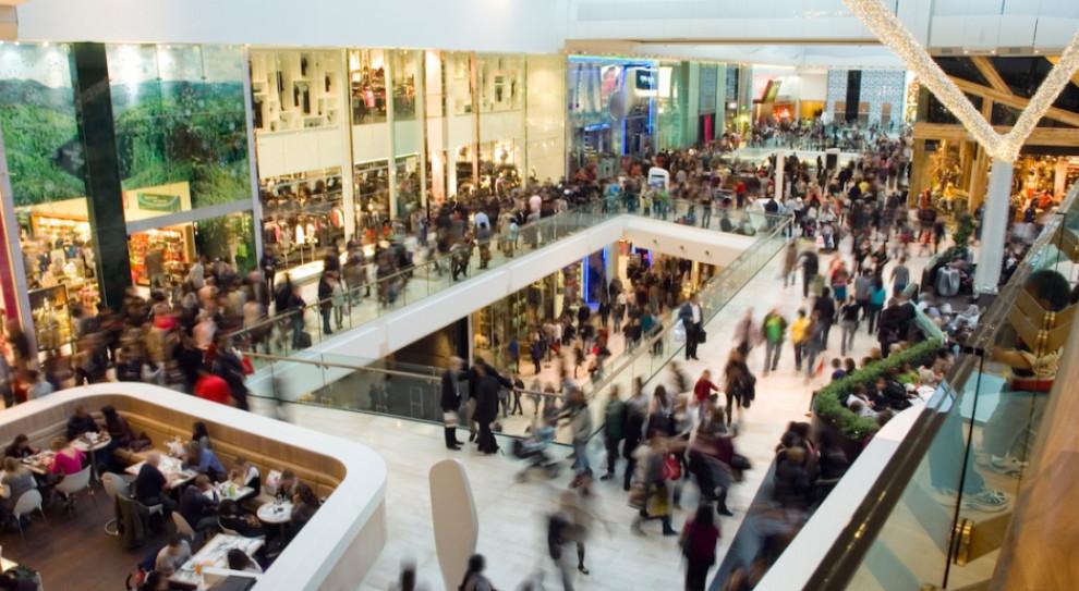W 8. tygodniu od otwarcia centra handlowe odwiedziło od 77 do 81 proc.  klientów
