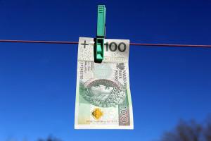 Związkowcy krytykują sposób wydawania pieniędzy z Funduszu Pracy