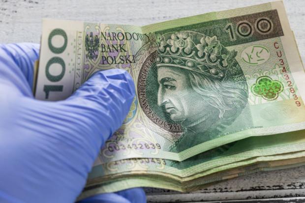 Śląskie: Wypłacono ponad 10 mln zł dodatku solidarnościowego