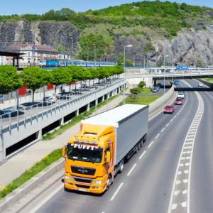Ważą się losy kierowców i przewoźników drogowych