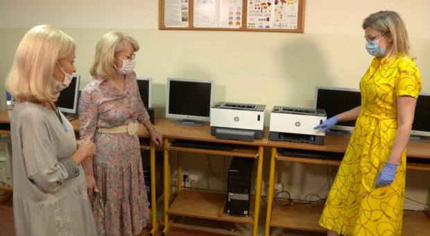3000 drukarek dla szkół i ośrodków wychowawczych. Tak HP walczy ze skutkami koronawirusa