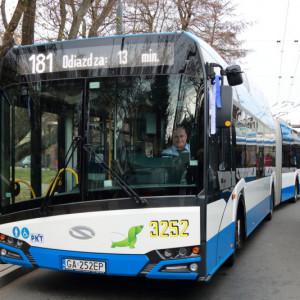 Narkotesty dla kierowców autobusów w kolejnych miastach