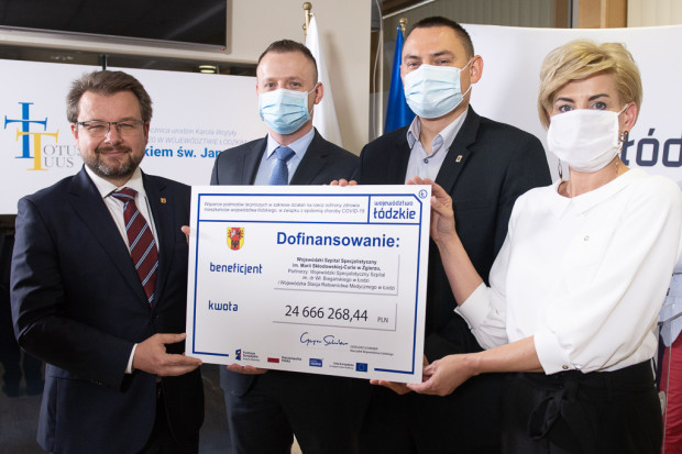 Dodatkowe pieniądze dla pracowników służby zdrowia za pracę podczas pandemii