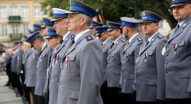 UODO analizuje zgłoszenie wycieku danych polskich mundurowych