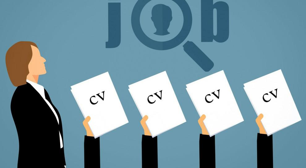 Szukasz pracy w HR? Przez pandemię możesz mieć problem, ogłoszeń mniej