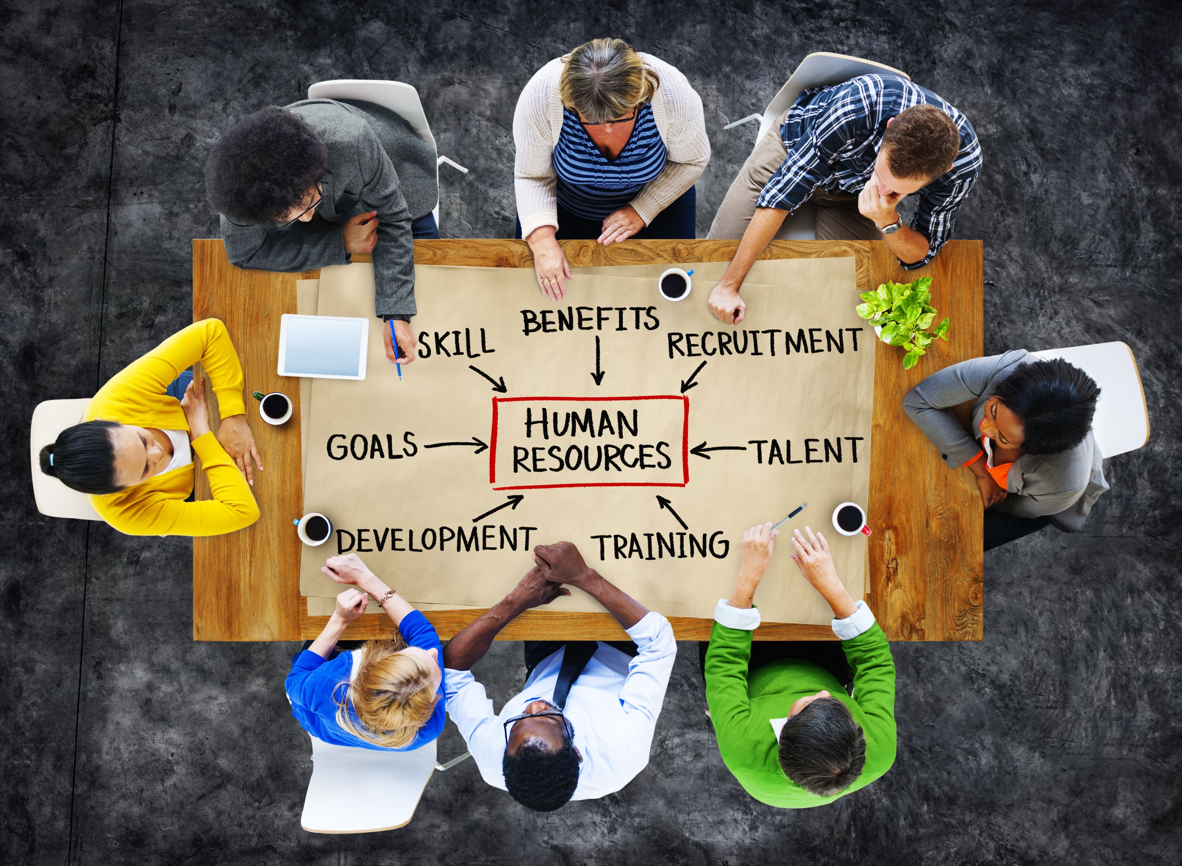 HR korzysta z narzędzi online od lat i w wielu firmach okazał się lepiej przygotowany do zmian wywołanych przez COVID-19 niż inne obszary. (Fot. Shutterstock)