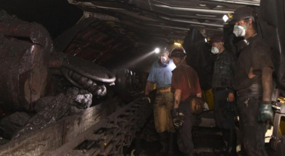 Śląskie nadal wyróżnia się ponadprzeciętnym zatrudnieniem w przemyśle