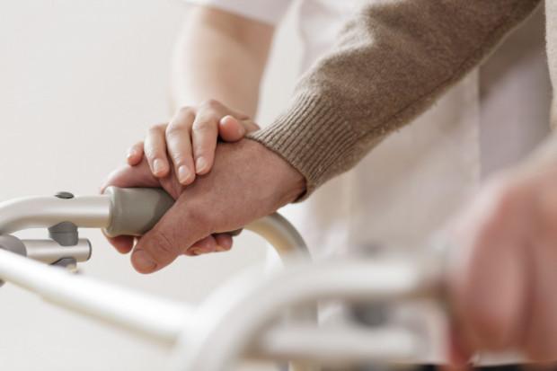 Nierówne płace pielęgniarek. Tam zarabiają najmniej