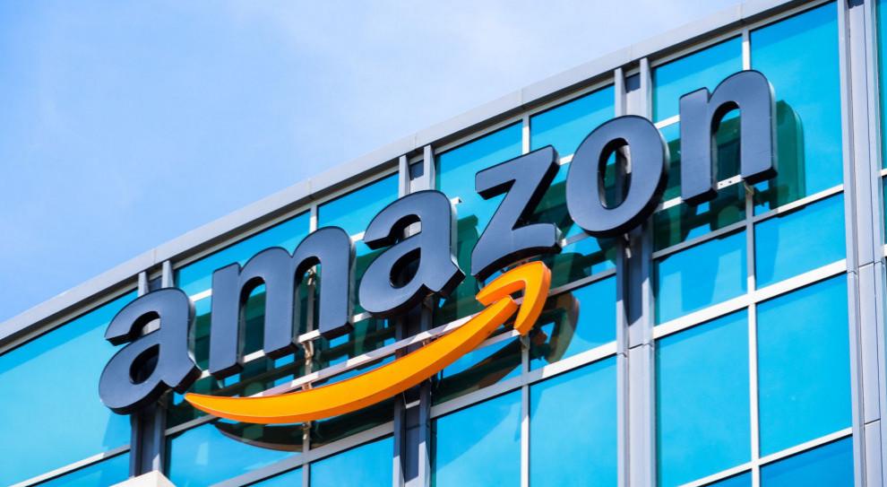 Amazon rekrutuje stażystów. Płatny staż trwa dwa lata
