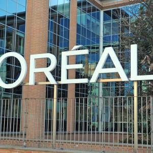 L'Oreal planuje powrót pracowników do biur. Ci nie chcą i... obawiają się zwolnień