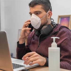 Zmiana organizacji pracy podczas pandemii zmniejsza ryzyko zamknięcia firmy
