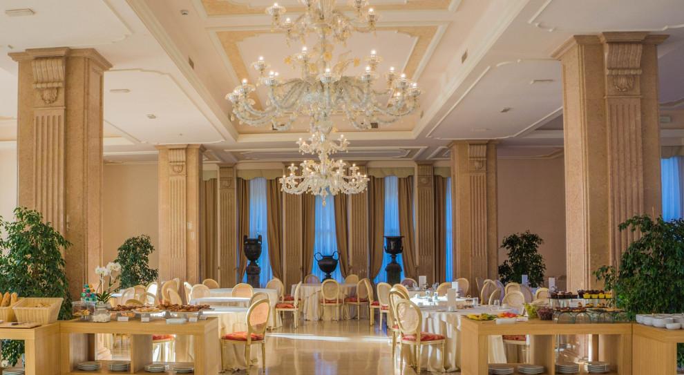 Hotele, restauracje i firmy cateringowe liczą na poprawę sytuacji