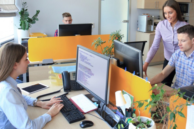Rynek centrów usług biznesowych przechodzi ewolucję. Polska może skorzystać