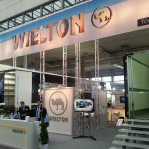 Przebadano pracowników Wieltonu. Są przypadki koronawirusa