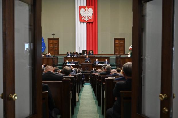 Związek oburzony pomysłem zwiększenia wynagrodzeń parlamentarzystów